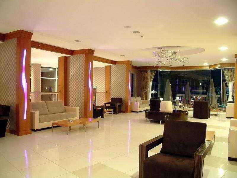 Ideal Pearl Hotel