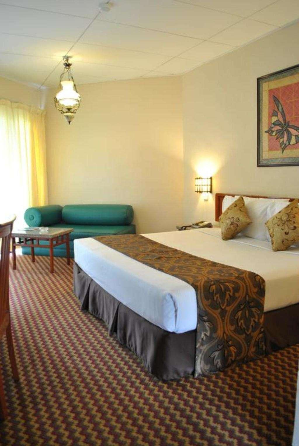 Holiday Villa Beach Resort & Spa Cherating Pahang