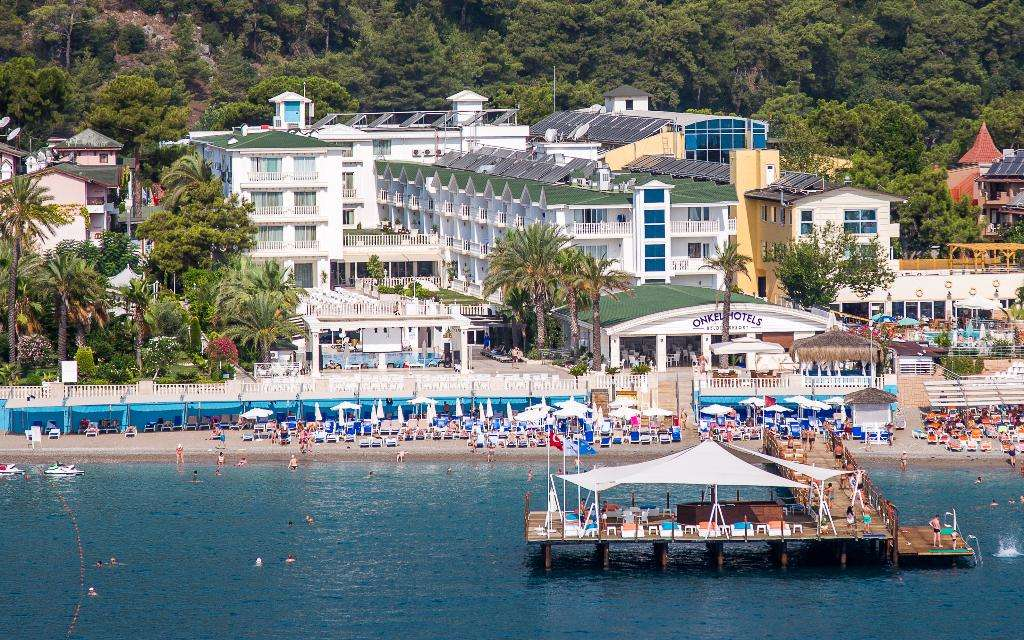 Onkel Hotel Resort