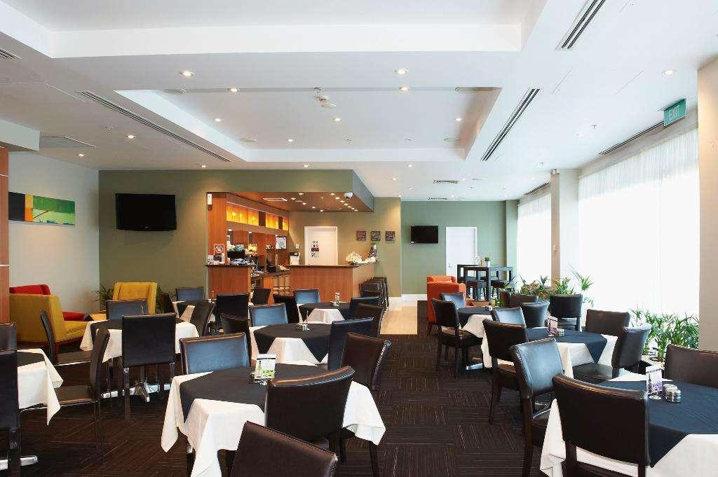 Parramatta Waldorf Apartment