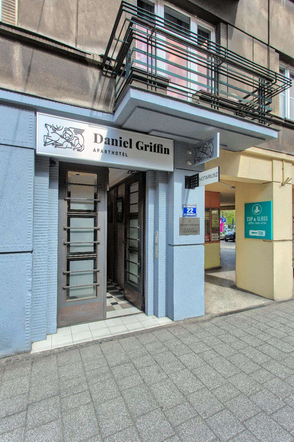 Daniel Griffin Aparthotel (ex Bluebells)